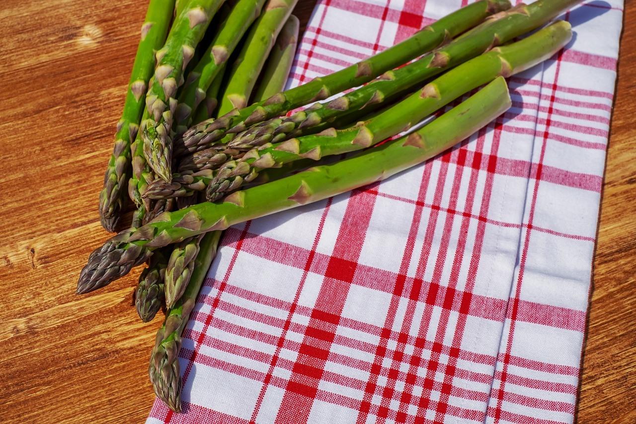 benefícios do aspargos