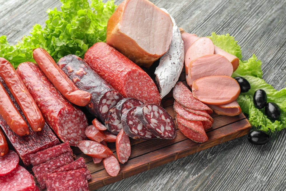 benefícios da carne processada